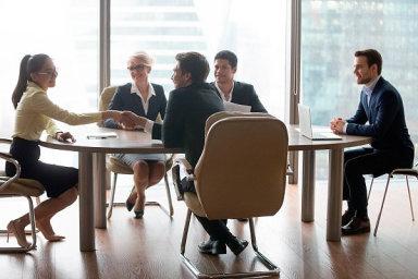 Externí pracovníci a kontraktoři jsou pro většinu firem nezbytní, ilustrační foto