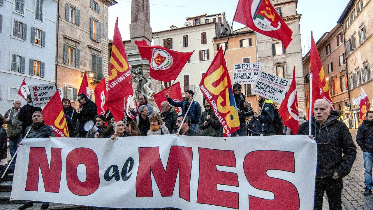Diktát avelezrada. Tak italská krajní pravice alevice mluví omožných půjčkách zfondu ESM (italsky MES).