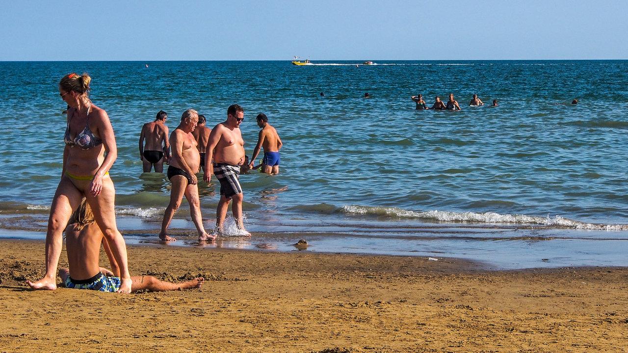Pokud se podaří dojednat dohodu se středomořskými zeměmi, otevře se Čechům na léto i olíbené italské Bibione. Cestu tam umožní i plánovaný evropský covid pas.