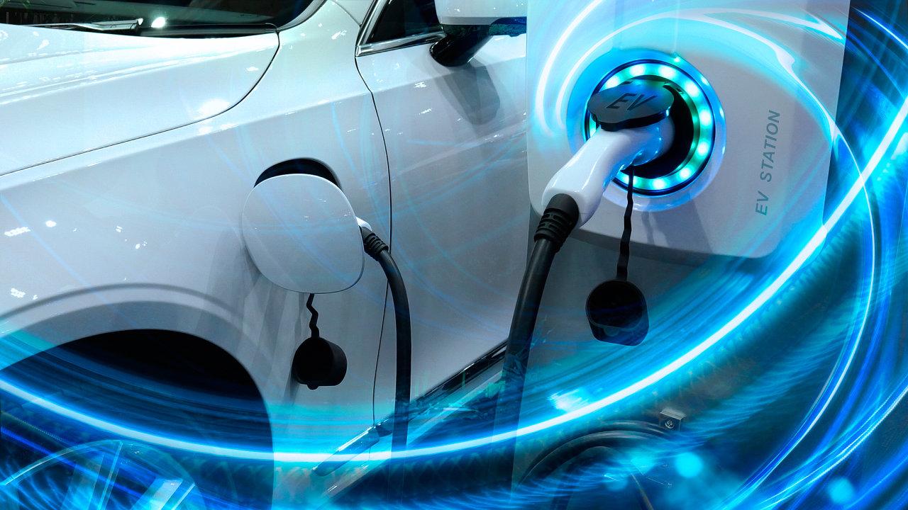 Hlavní témata, které se řeší kolem elektroaut, jsou baterie, energie, nabíječky, blackout a cena.