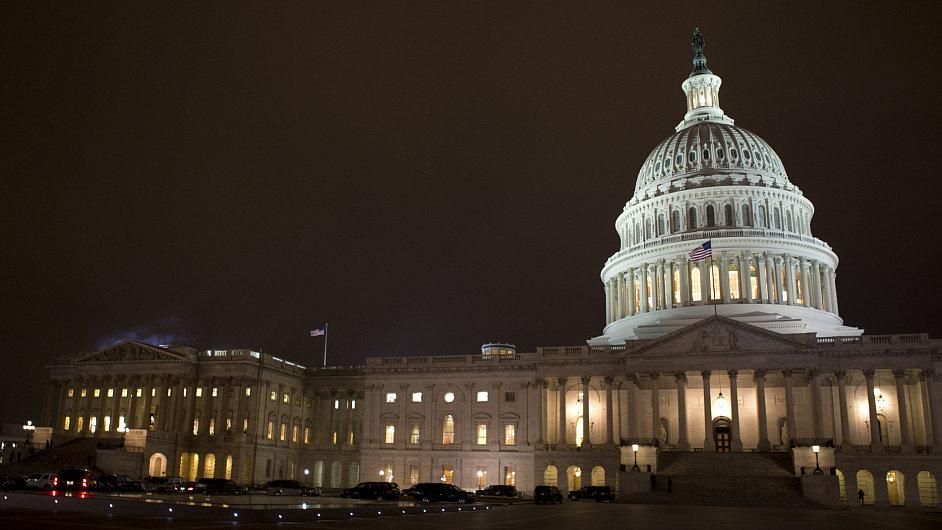 Kapitol Spojených států amerických, sídlo Sněmovny reprezentantů a Senátu