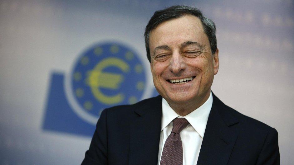 Guvernér ECB Mario Draghi.