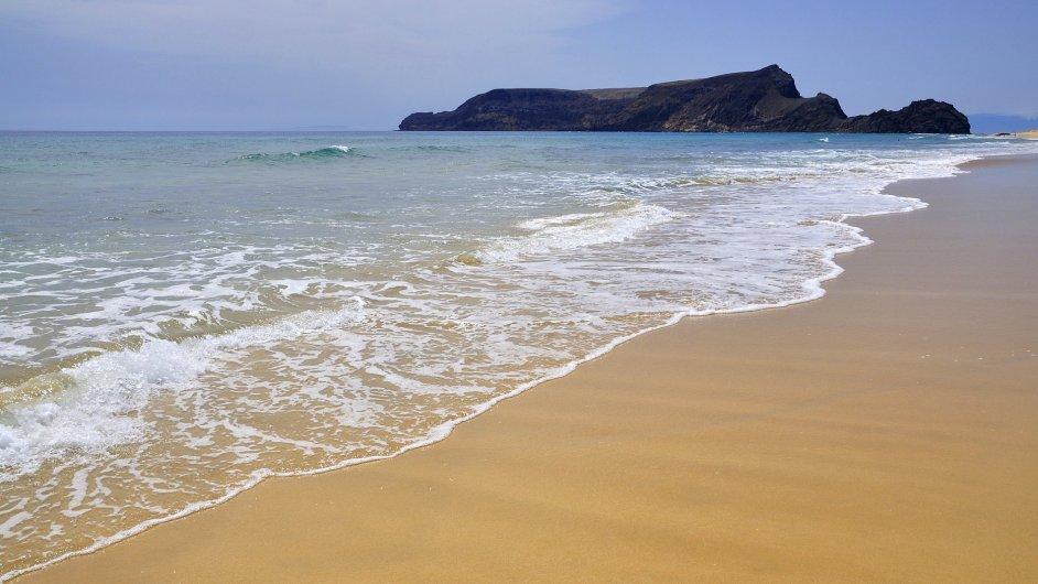 Portugalský ostrov Porto Santo nedaleko Madeiry