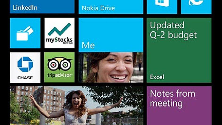 Základní obrazovka telefonu se systémem Windows Phone 8 Update 3