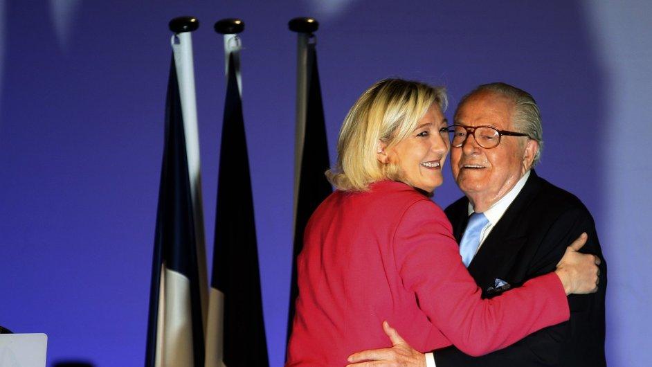 Marie Le Penová se svým otcem.