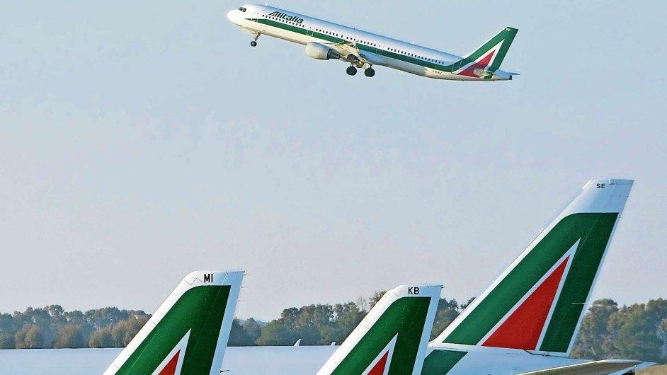 Alitalia plánuje, že do roku 2017 na palubách letadel nabídne wi-fi, pestřejší výběr jídel i nápojů.