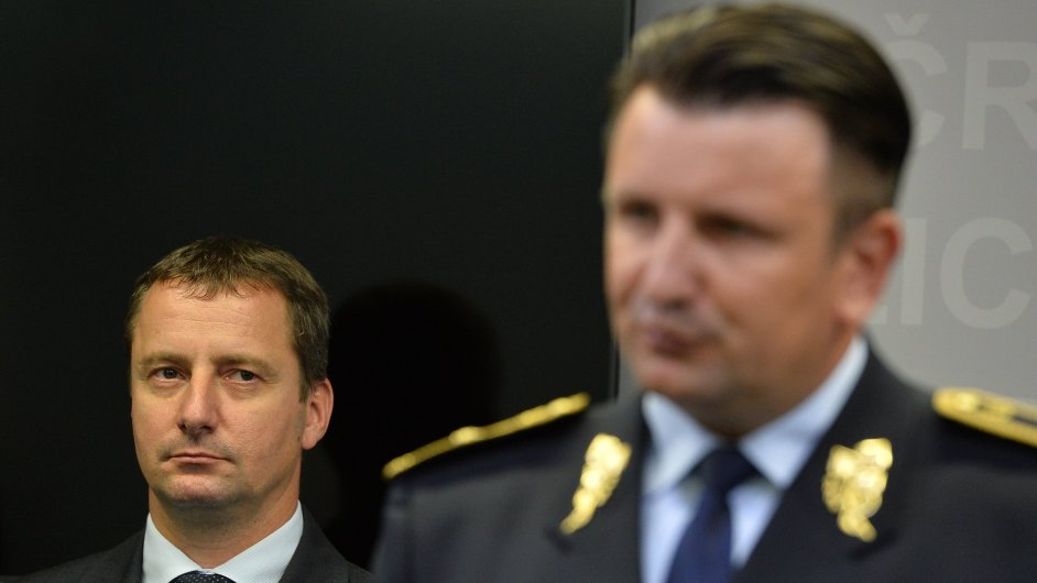 Petr Dongres (vlevo)