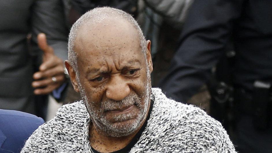 Bill Cosby čelí u soudu obvinění ze znásilnění