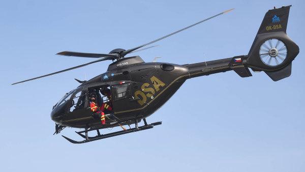 Leteckou záchrannou službu v Česku provozují v posledních osmi letech společnosti DSA.