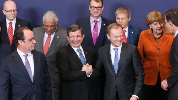 Premi��i evropsk�ch zem� zat�m tureck� n�vrh odm�tli.