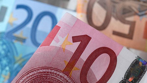 Euro kleslo na 20měsíční minimum, pak ztráty smazalo. Evropské trhy rostly nejvíc od konce října - Ilustrační foto.