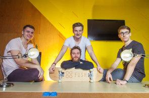Mladí skateboardisté vyvíjí virtuálního kouče, který změří rychlost jízdy a pomůže naučit se triky
