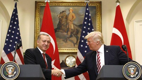 K potyčce došlo v době setkání tureckého a amerického prezidenta v Bílém domě.