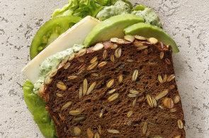 Zápisky protivného hosta: Italské sendviče v bageterii končí, mexický fastfood chystá vegetariánský burger