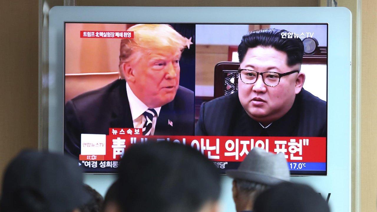 Americký prezident Donald Trump aseverokorejský vůdce Kim Čong-un se sejdou na historickém setkání.