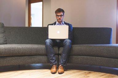 Jak do firmy přilákat mladé a talentované lidi
