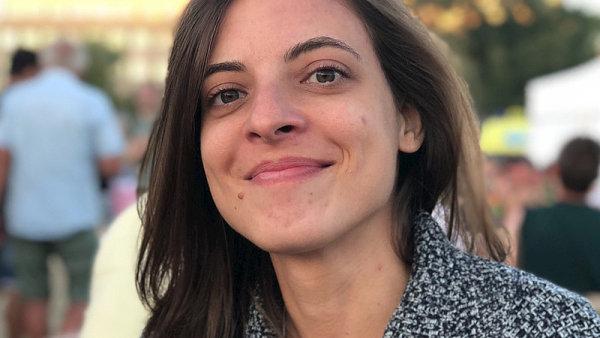 Dora PruLlincovA
