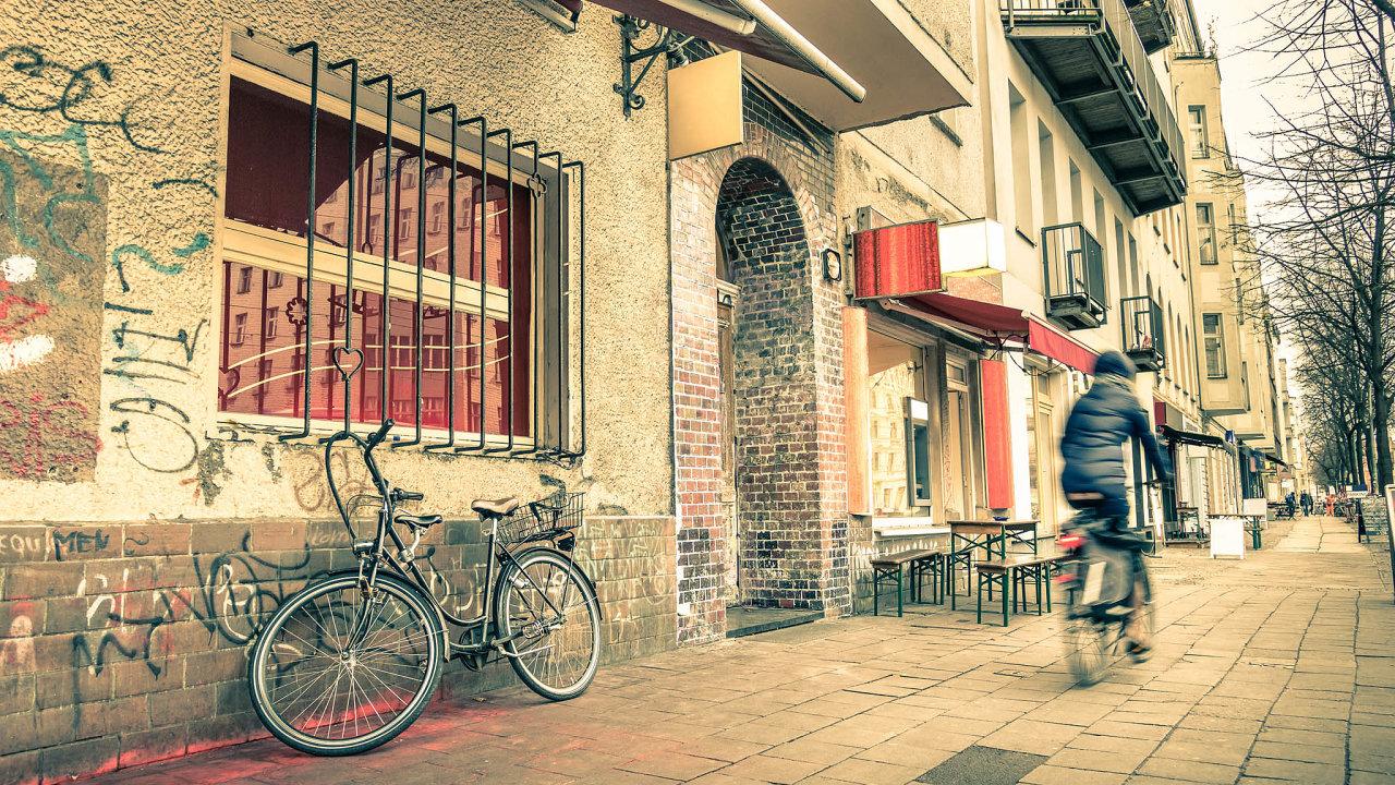 Průměrné nájemné začtvereční metr vBerlíně nyní činí 15,92 eura (přes 400 korun).