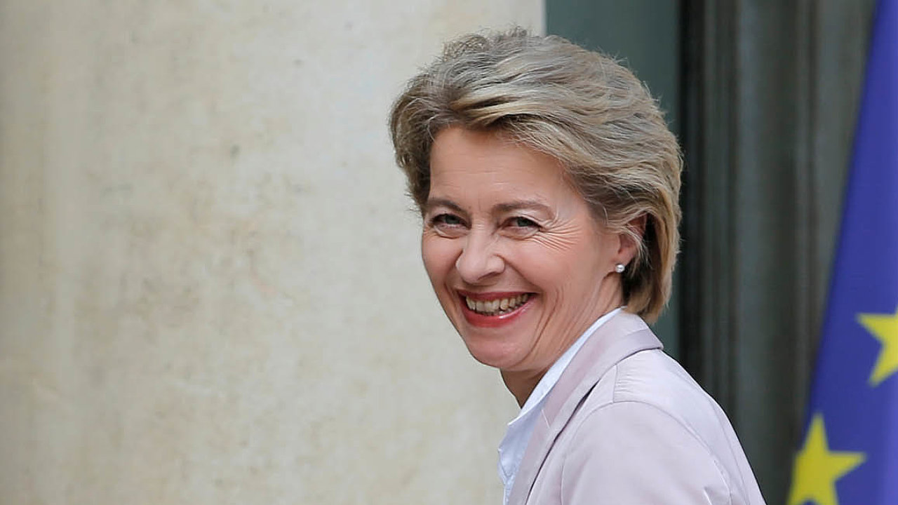 Včele Evropské komise brzy stane bývalá německá ministryně obrany Ursula von der Leyenová.