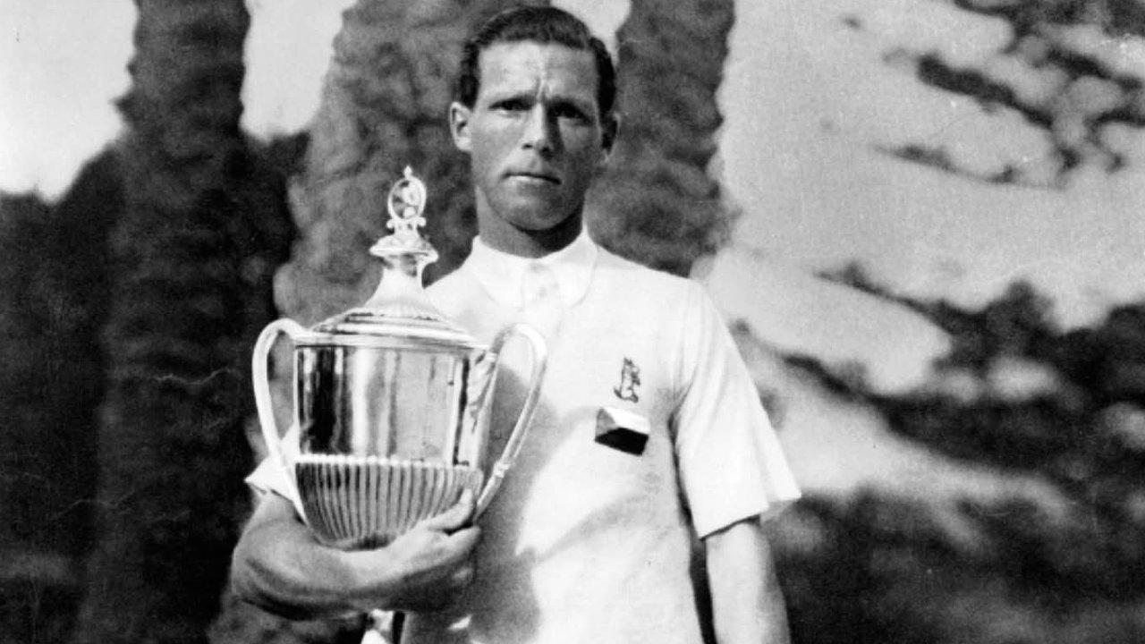 Všestranný šampion.Nejznámější český sportovec mezi světovými válkami, Karel Koželuh, začínal naLetné. Prosadil se vefotbale, hokeji ijako tenisový mistr světa.