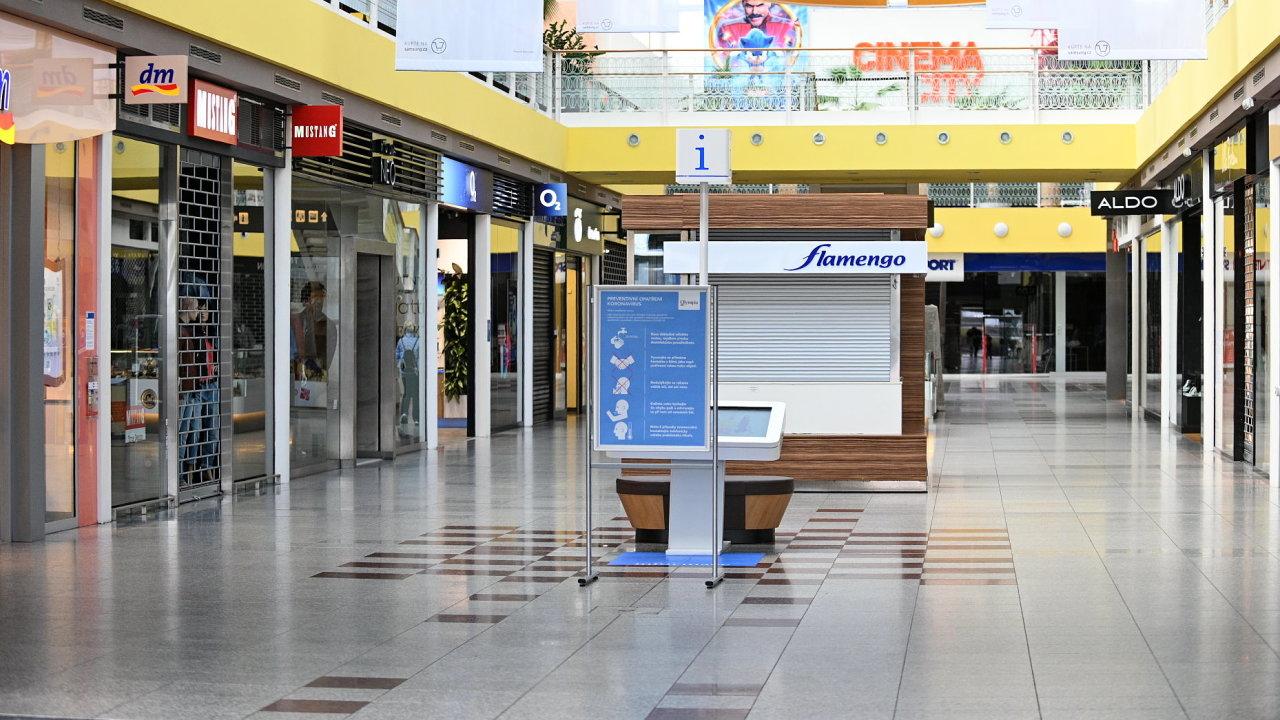Nákupní centrum Olympia v Brně. Koronavirus obchody ČR
