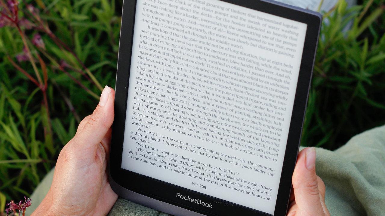 Každý uživatel si pro svůj PocketBook může zdarma zřídit e-mail, který pak doručuje elektronické publikace do čtečky. Tuto službu podporují i mnohé české knižní e-shopy.