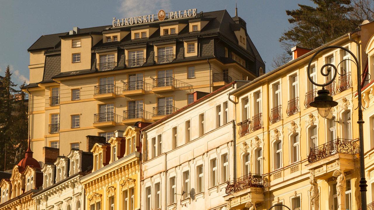 Kvůli pandemii je ohrožená existence například hotelu Čajkovskij v Karlových Varech.