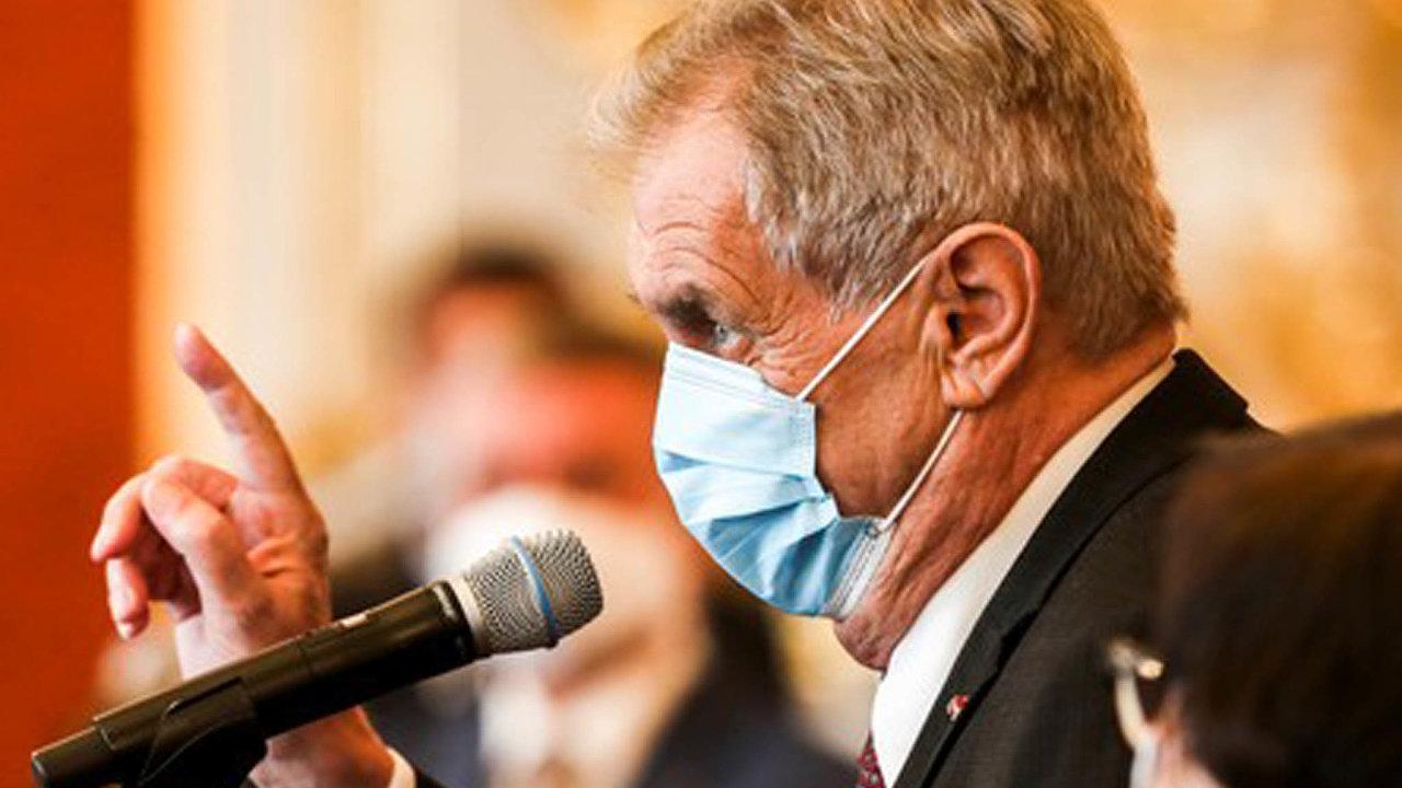 Prezident Miloš Zeman požádal šéfa BIS Michala Koudelku o jmenný seznam ruských agentů působících v Česku.
