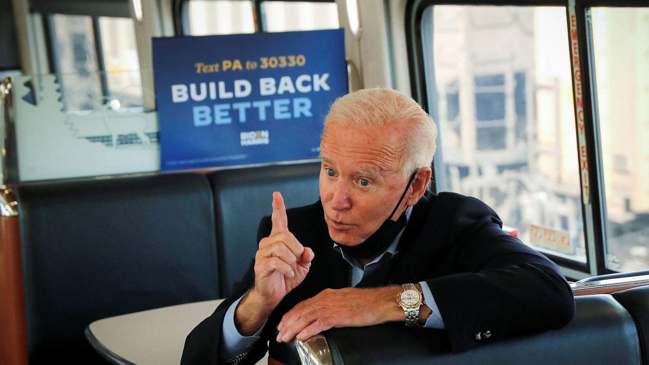 Amtrak Joe. Nastupující prezident JoeBiden začal sdojížděním vlakem doWashingtonu už vroce 1973, kdy byl poprvé zvolen doSenátu. Vlaky využil ivpředvolební kampani.