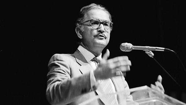 Zemřel Carlos Fuentes, který do Československa přijel poprvé na pozvání Milana Kundery.