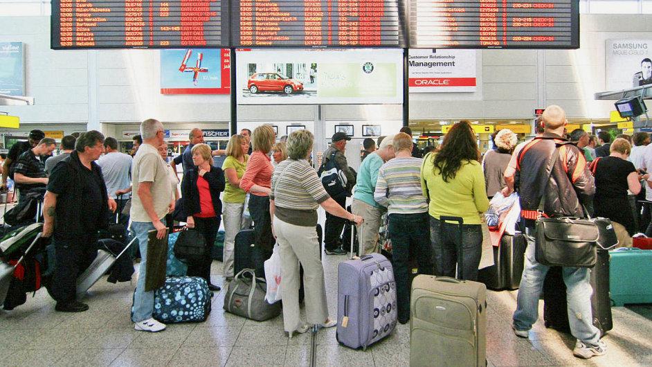 Loni Češi vymohli za zpožděné a zrušené lety asi 20 milionů korun.