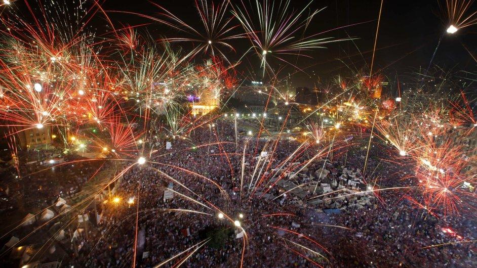 Oslavy na náměstí Tahrir, centru egyptských demonstrací