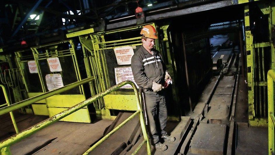 Propad cen uhlí