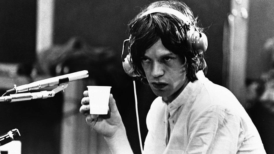 Čtyřicet let se Jagger o hudební byznys Rolling Stones staral sám. Od letoška tantiémy za jeho písně opět vybírá BMG.
