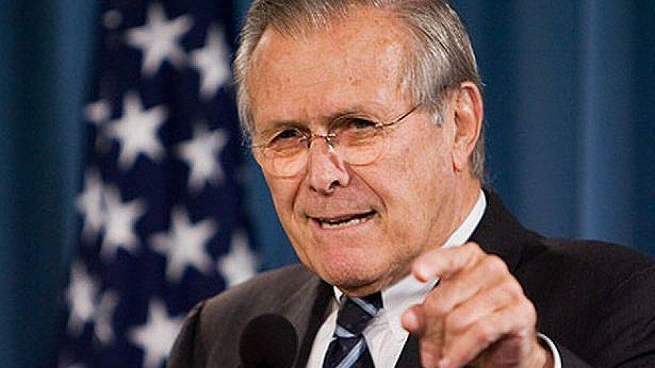 Donald Rumsfeld pojídá děti, zněl vtípek na Wikipedii.