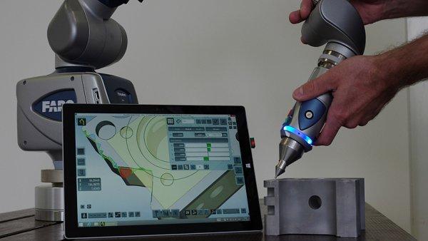 Zlat� medaile stroj�rensk�ho veletrhu: Roboti, dut� h��del nebo mobiln� chemick� laborato�