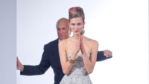 Zem�el Oscar de la Renta, dvorn� n�vrh�� Jacquelin Kennedyov� i Hollywoodu