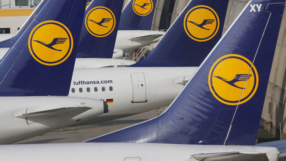 Lufthanse se stále nedaří dostat z provozní ztráty - ilustrační foto.