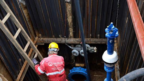 Praha investuje 17 miliard do oprav vodovodního potrubí a kanalizace.