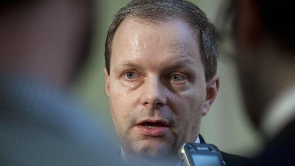 Premiér Sobotka oznámí jméno nástupce Marcela Chládka (na snímku) v pátek.