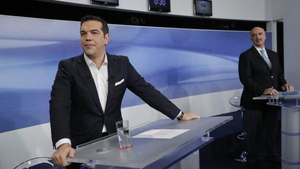 """Zatímco se Meimarakis snažil Řeky přesvědčit, že se pokusí vládnout s kýmkoliv, včetně Syrizy, Tsipras stále odmítá """"nepřirozenou"""" velkou koalici."""