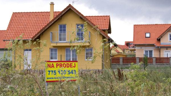 Stoprocentní hypotéky končí. Banky dají peníze jen na 95 procent ceny nemovitosti, ale ne všem