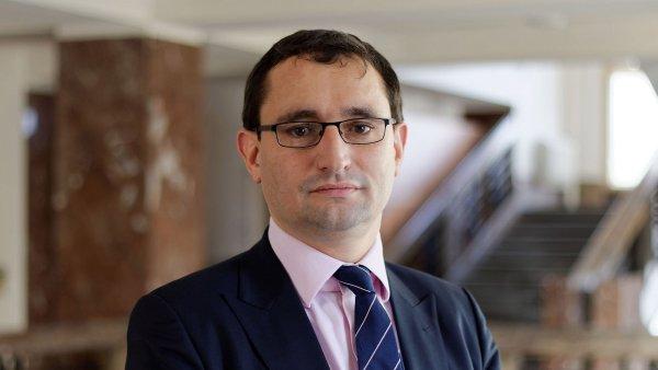Náměstkem ministra financí pro finanční řízení a audit se stal Vyhnánek.