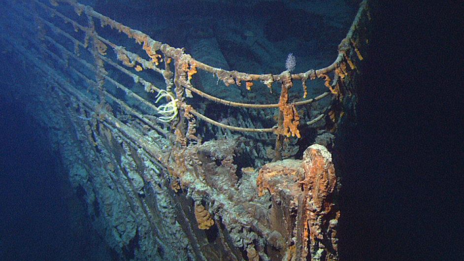 Kus vraku Titaniku v hlubinách