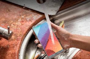 LG se vrací do hry, telefon G6 vypadá moderně. I cena odpovídá výbavě