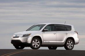 Toyota prodala všechny své akcie Tesly. Jako palivo budoucnosti vidí spíše vodík než elektřinu