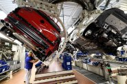 Německému hospodářství se daří bez ohledu na sváry politiků. Růst ekonomiky zrychlil na téměř tři procenta