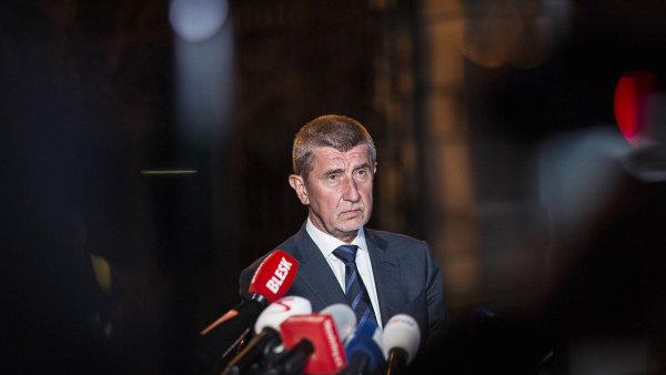 Babiš změnil strategii a píše do Bruselu. Komisi slíbil, že své aktivity upraví v souladu s evropskou legislativou