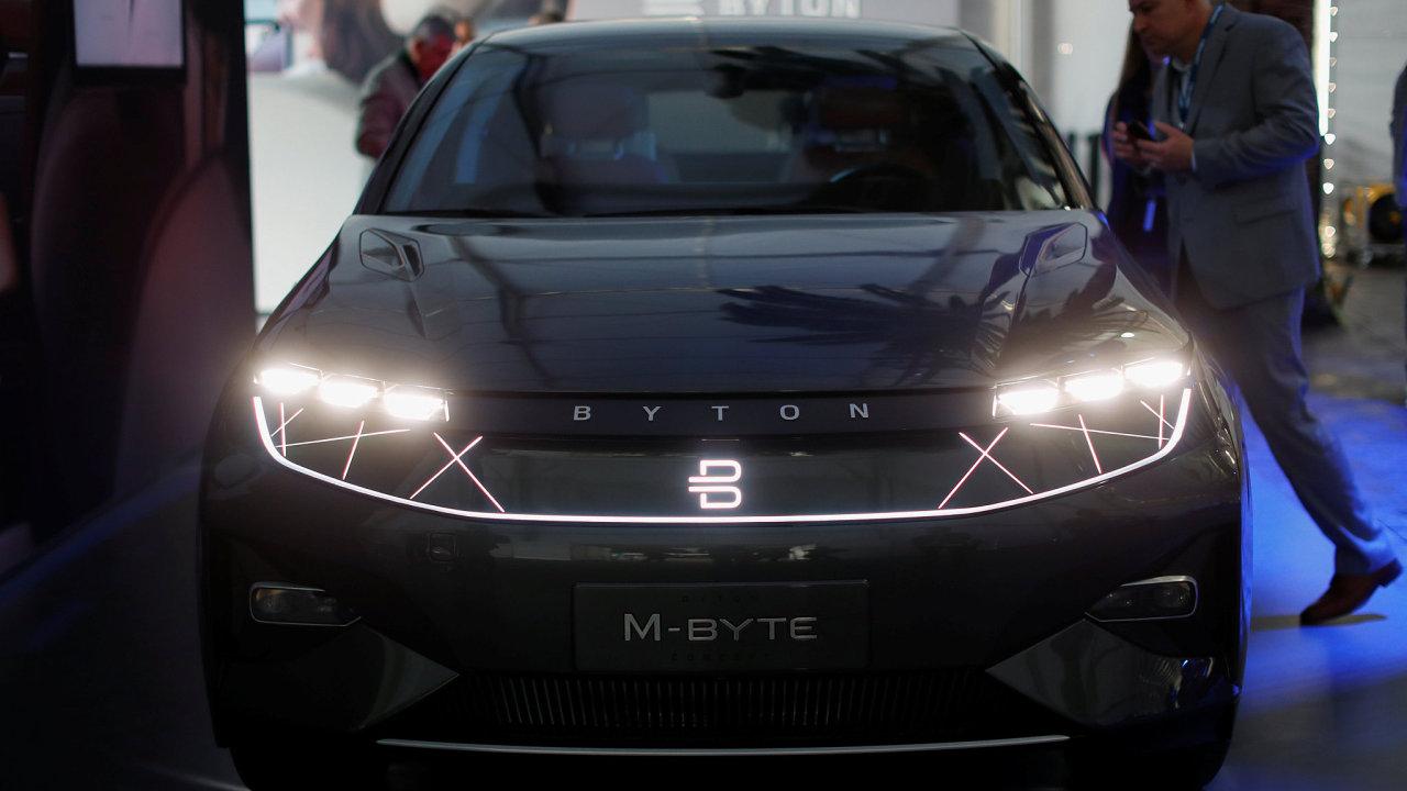 elektromobil čína byton SUV