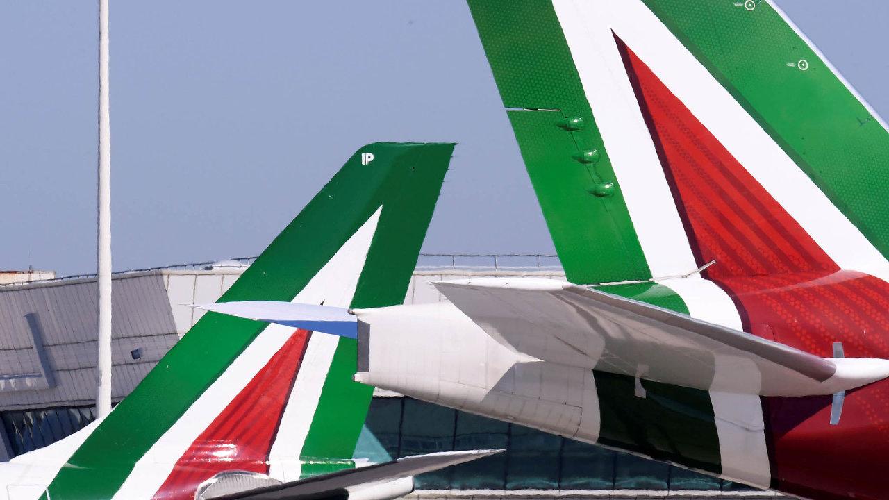 Alitalii má zachránit iprovozovatel dálnic Atlantia včele sGiovannim Castelluccim. Nebude to mít jednoduché, například vpátek se zaměstnanci Alitalie zúčastní celostátní stávky vletecké dopravě.